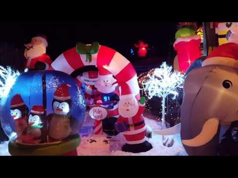 2016-christmas-magic-in-québec,-canada-/-2-of-2