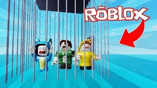 WE ESCAPED THE PRISION UNDER WATER!! PARKOUR OBBY ROBLOX 💙💚💛 BABY MILO VITA AND ADRI 😍 AMIWITOS
