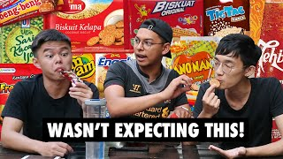 SINGAPOREANS TRY INDONESIAN SNACKS!