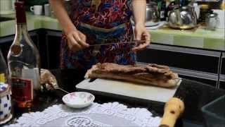 如何做脆皮烧肉 :: How To Make Roasted Pork [with English Translation Under Description]