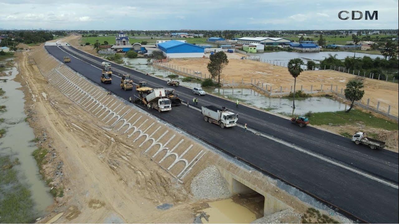 ផ្លូវល្បឿនលឿនភ្នំពេញ-ព្រះសីហនុកំពុងស្ថាបនា/Phnom Penh-Sihanoukville Expressway under construction