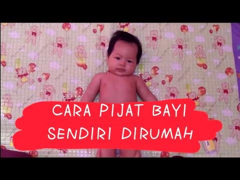 Cara memandikan bayi baru lahir.