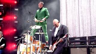 Triggerfinger - Is It (Pinkpop 2015)
