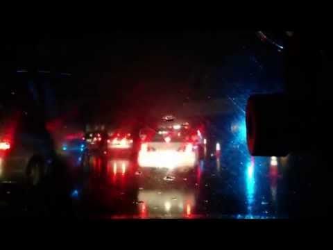 HWY 101 Menlo Park - Driving through flooded underpass