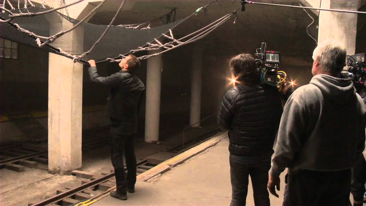 divergent setting Read the divergent plot and find out who is in the cast and crew at moviescom.