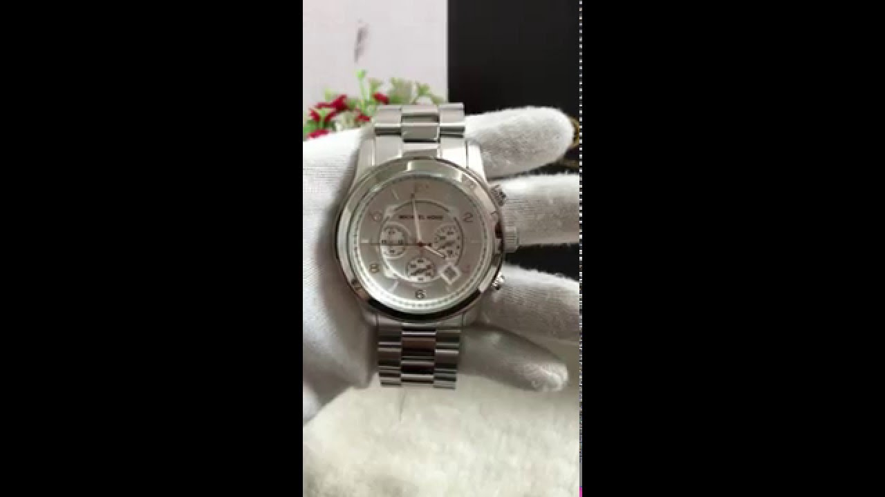 3bb9d5bf2834 MICHAEL KORS SILVER OVERSIZED RUNWAY WATCH MK8086 - YouTube