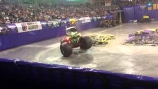 Monster jam in lincoln nebraska (GRAVE DIGGER) final run