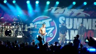 Hot 97 summerjam 2011 Chris Brown Look at me now remix feat Busta Rhymes Live