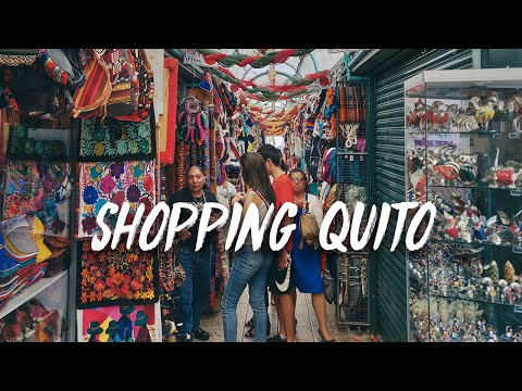 Shopping Quito's Artisan Market | A Walking Through