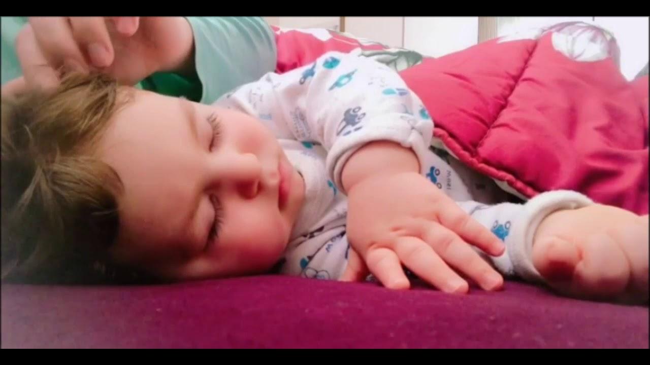 Kolik Bebekler için Beyaz gürültü reklamsız 4 saat ( White ...
