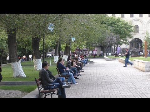 Yerevan, 23.05.18, We, Video-1, Sakharovi H. Minchev N1 Tparan. Bulvar.