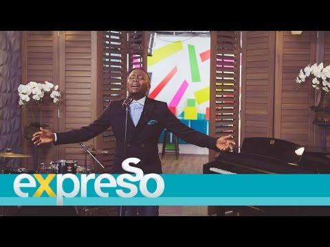 "Khaya Mthethwa Performs ""Vula"" LIVE!"