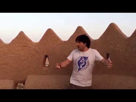 Viaje a Iran, Yazd. Fortaleza en el desierto. Fortress in the desert 2. Travel to Iran.