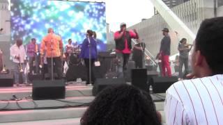 Premiso Que Llejo Van Van & Recibeme - Los Van Van Live at Nathan Phillips Square - Toronto 7-12-14