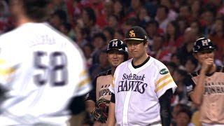 10回、同点で流れを引き寄せたい日本ハムは、二死ながら一塁に陽を置い...