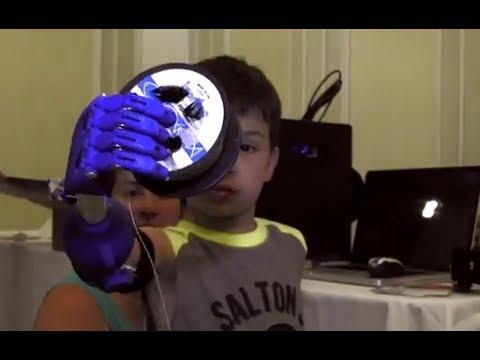أطراف صناعية مجانية للأطفال بإستخدام تقنية الطباعة ثلاثية الأبعاد 4