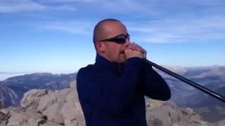 Improvisation cor des alpes au fauteuil de la Tournette (2351M), par Alexandre Jous