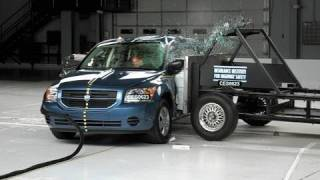 2007 Dodge Caliber side IIHS crash test