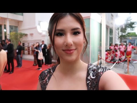 My first time on the red carpet | Singapore Vlog