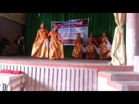 Wari tuwalo pari tuwalo Palpa  Paragon school's girls