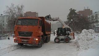 Работа по уборке снега проходит в усиленном режиме