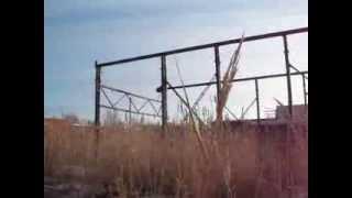 ...старый дряхлый мостовой кран.(, 2013-12-23T16:36:51.000Z)