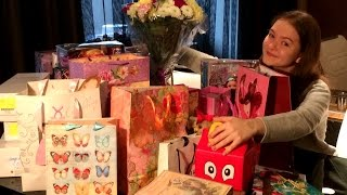 Мои Подарки на День Рождения. Gulnas Gulnaz(15 октября мне исполнилось 15 лет. Меня поздравили куча человек и подарили море подарков. Спасибо им всем!..., 2015-10-24T18:27:21.000Z)