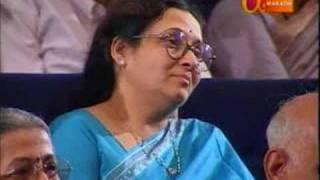 Mangesh Padgaonkar Poem