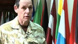 جنرال نيك باركر ، نائب قائد القوات الدولية