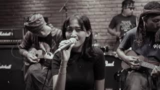 Download KRONCONG JANCUK - KIDUNG KASMARAN ( KERONCONG VERSION ) LIVE RECORDING