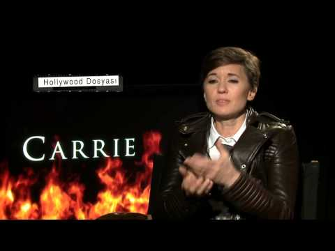 """""""Carrie"""" Interview with Julianne Moore, Chloë Grace Moretz and Director Kimberly Peirce"""