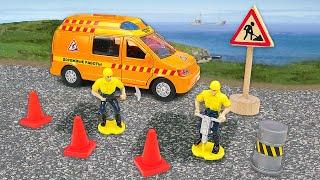 Машинки-помощники и дорожные работы: минивэн, грузовик, фургон и лодка. Детские видео