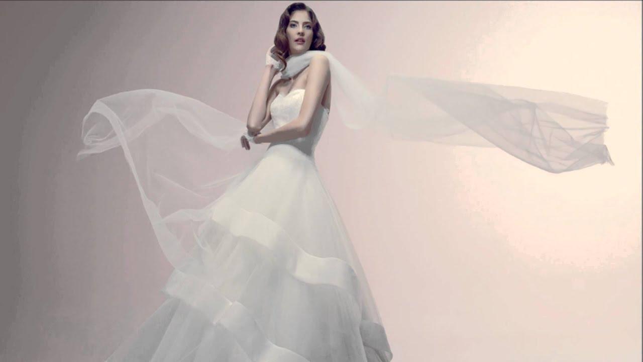 dde7ab48e679 Abiti da sposa Alessandra Rinaudo in Toscana - Le Spose di Mori ...