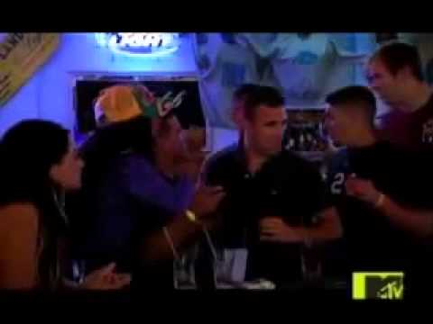 Jersey Shore Snooki Gets punched on the face