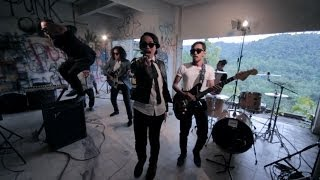 Grey Sky Morning - Dewi Hatiku | Official Music Video