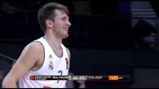 Real Madrid-Barcelona : Doncic amazing full court shot
