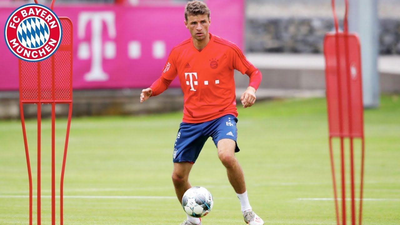 FC Bayern First Training Session of the 2019/20 Season! - YouTube