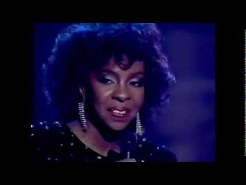 Gladys Knight LIVE - Free Again / I Will Survive