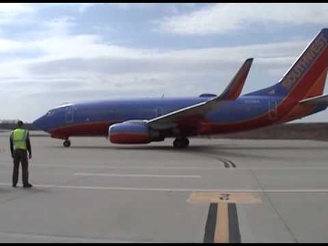 Southwest 737-700 Departure from the Branson Airport