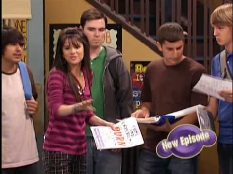 Wizards of waverly place- wizards vs vampires part 1 from YouTube · Duration:  4 minutes 25 seconds