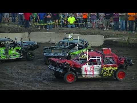 McLeod County Fair Demolition Derby 2017 (80's Chain Stock)