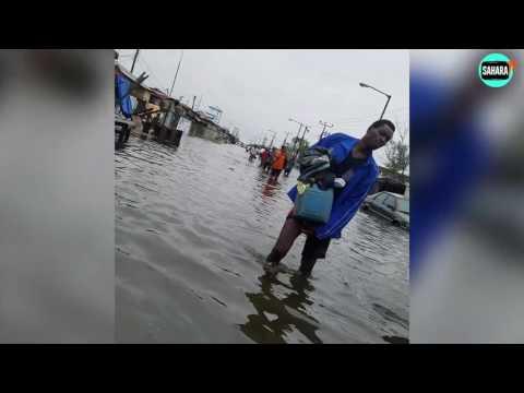 VIDEO/PHOTONEWS: Lagosians Lament As Flood Takes Over Lagos Island