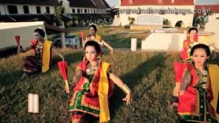 Tari Kipas Pakarena   Tari Tradisional Sulawesi Selatan Mp3