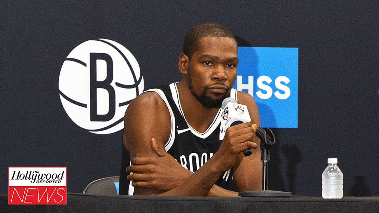 Kevin Durant Unimpressed With David Letterman's Jokes During the Brooklyn Nets Media Day | THR News