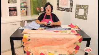 Alciana Rossi ensina montar uma toalha com as réguas da Isamara Custódio