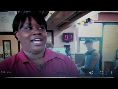 Super Martinez - Video muestra a empleado de gasolinera salvando la vida a un cliente
