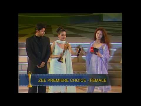 ZCA 2001 Zee Premier Choice Female Kareena Kapoor