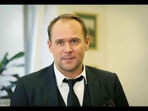 Максим Аверин закрутил роман с известной актрисой