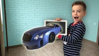 Достал машинку из планшета. Много больших машин по всему дому. Видео для детей.