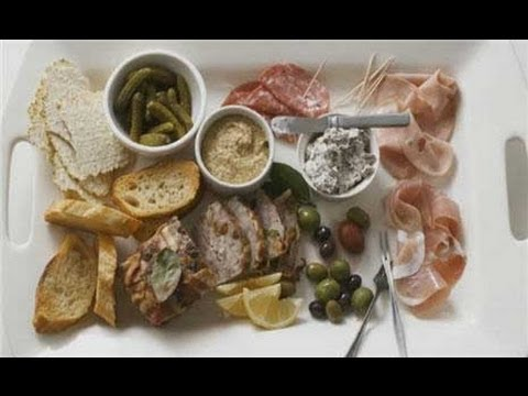 How To Make A Charcuterie Plate